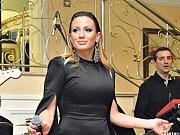 (FOTO) NAKON ŠTO JE SMRŠALA 10 KILOGRAMA: Ana Kokić se skinula i pokazala zgodno telo u kupaćem!
