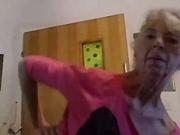 (VIDEO) ZDRAVOM ISHRANOM POBEDILA RAK Voditeljka ima 57 godina, a evo kako izgleda njen trening!